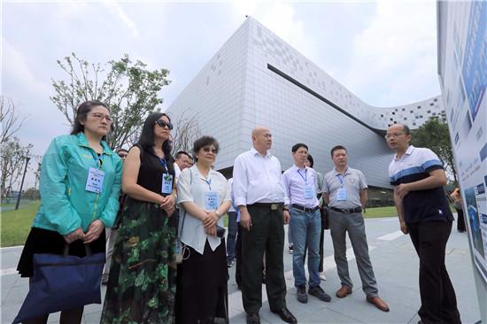 海外华文媒体谈四川天府新区:模式新、勇于闯、善包容